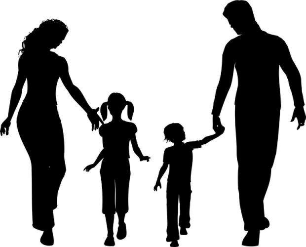 Στα πλαίσια της ψυχολογικής βοήθειας προς τους δασκάλους, γονείς και μαθητές του 1ου Πειραματικού Δημοτικού Σχολείου ΠΤΔΕ-ΑΠΘ λειτουργεί συμβουλευτικός σταθμός με ομάδα ψυχολόγων υπό την εποπτεία της αναπληρώτριας καθηγήτριας κ. Μπίμπου Άννας. Οι ώρες συνάντησης σε εβδομαδιαία βάση είναι οι κάτωθι:  Τρίτη:    12-14  Πέμπτη: 17-19  Τηλέφωνο επικοινωνίας: 2310995030